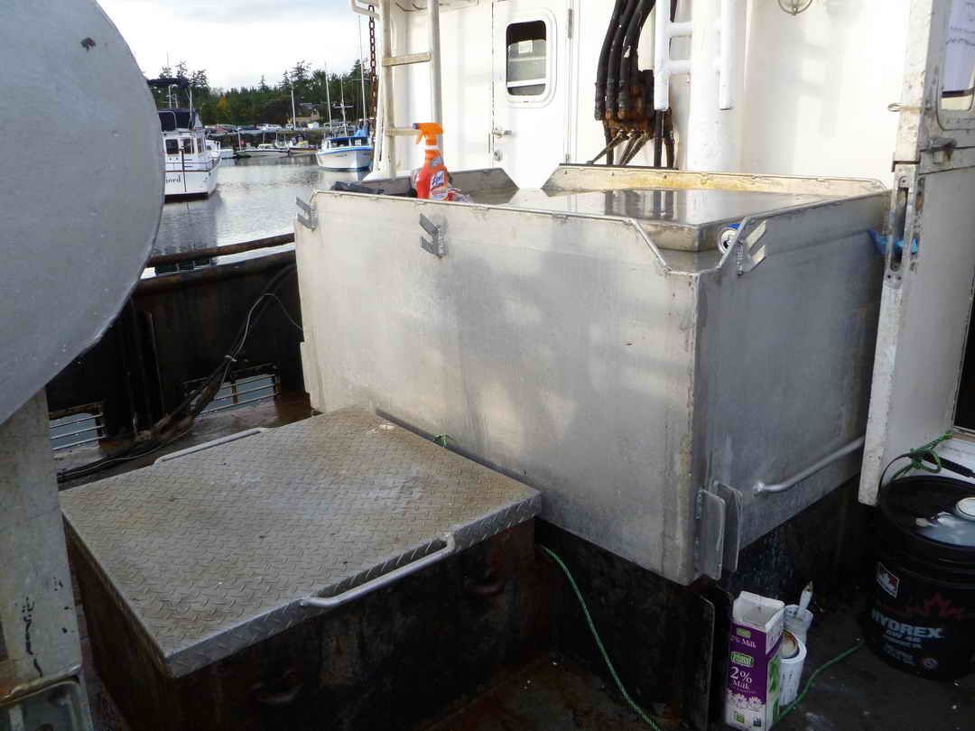 Commercial Fishing Crab Longliner image 7