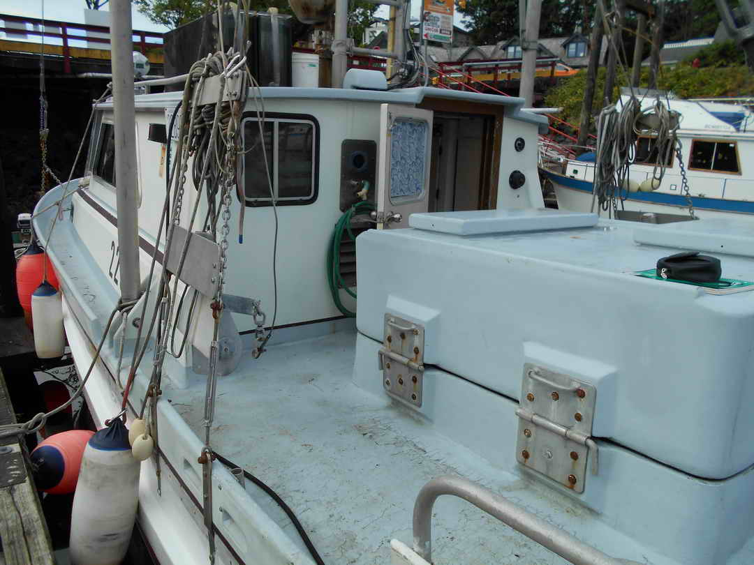 Gillnetter Fishing Boat image 6