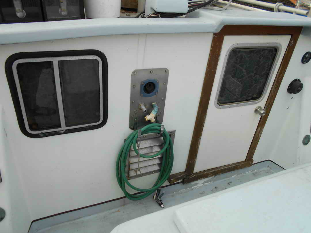 Gillnetter Fishing Boat image 30