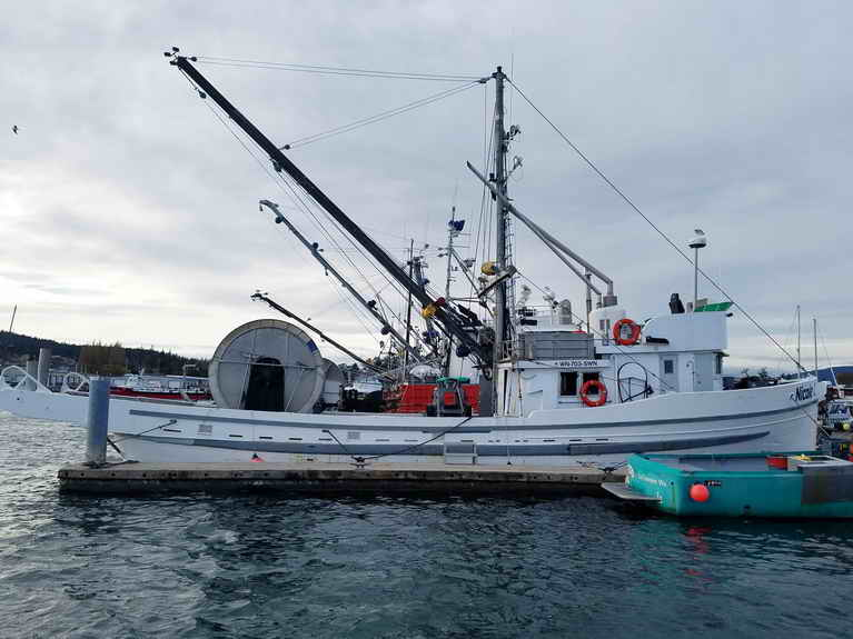 Us registered commercial fishing boats for sale us for Used commercial fishing boats for sale