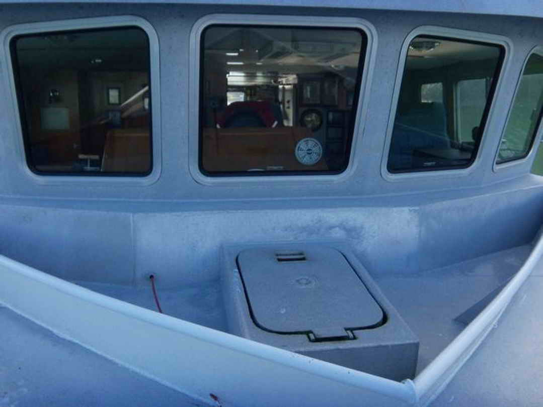 Flybridge Cabin Cruiser - US Coast Guard Conversion image 10