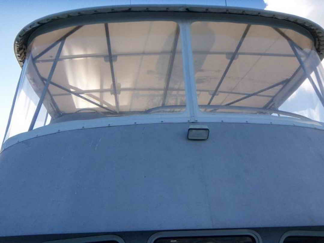 Flybridge Cabin Cruiser - US Coast Guard Conversion image 23