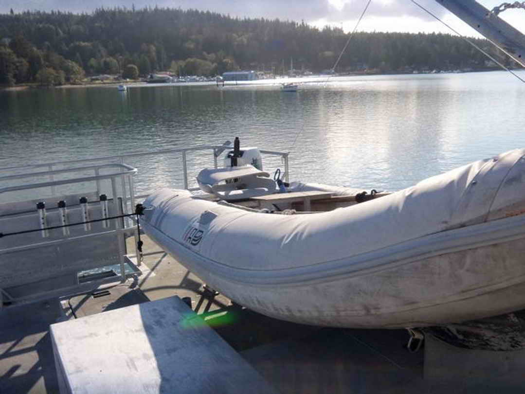 Flybridge Cabin Cruiser - US Coast Guard Conversion image 29