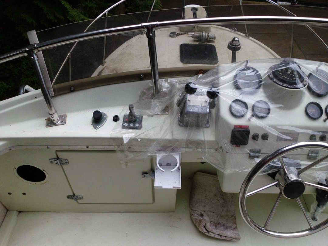 Glasply Long Cabin Cruiser image 11