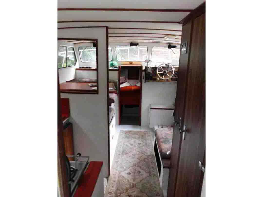 Glasply Long Cabin Cruiser image 18