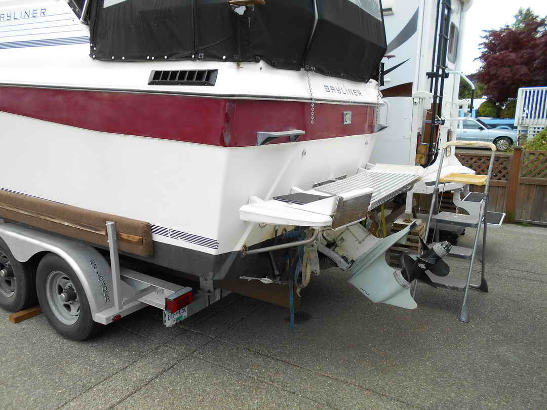 Bayliner CS 2750 Flybridge image 3