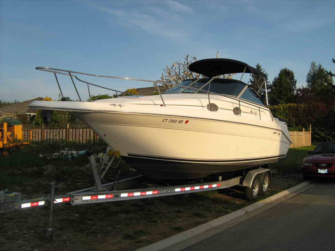 Sea Ray Sundancer 270 image 3