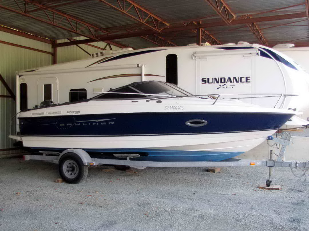 Bayliner Discovery 210 Sport Fishing Boat image 0