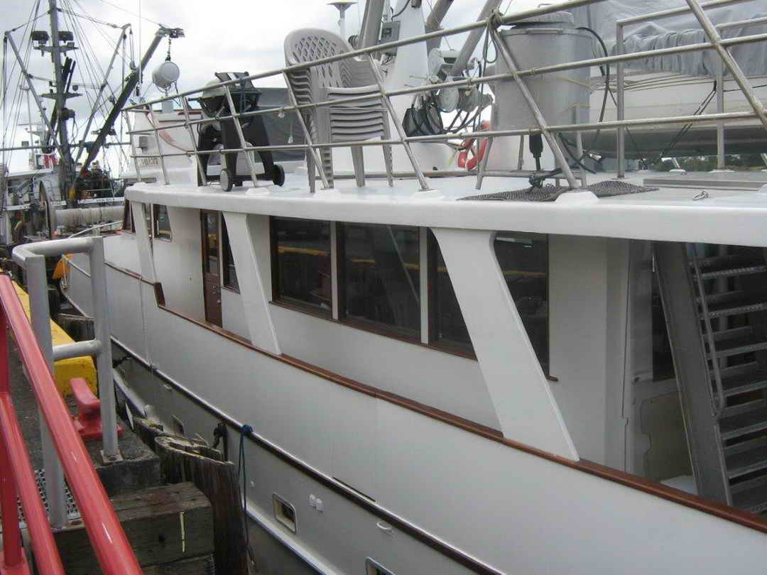Wood Sather Pilothouse Motor Yacht image 3