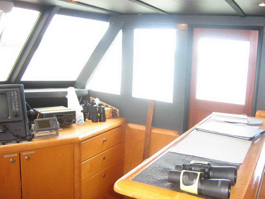 Wood Sather Pilothouse Motor Yacht image 40