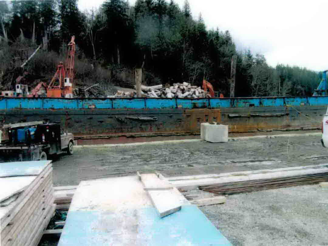 Steel Ramp Barge image 4